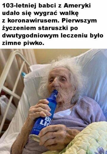 103-letnia babcia po wyleczeniu z koronawirusa