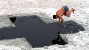 skok do lodowatej wody