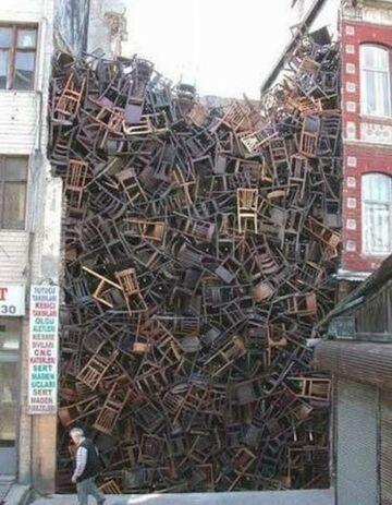 Ile krzeseł!