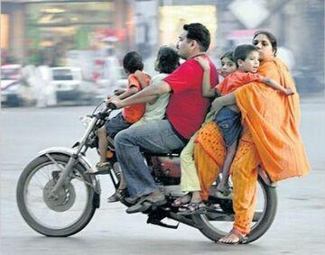 Całą rodziną na motorze