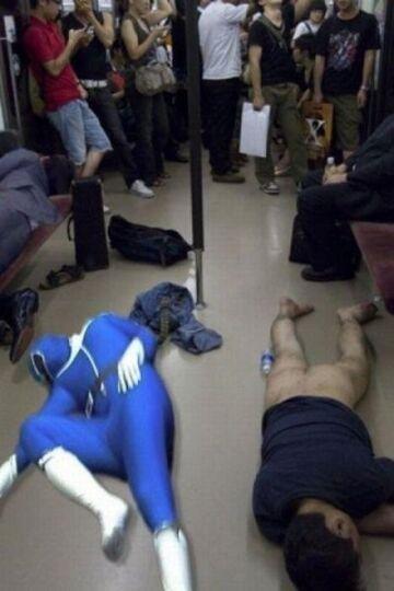 Power Rangers w metrze