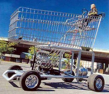 Gigantyczny wózek na zakupy
