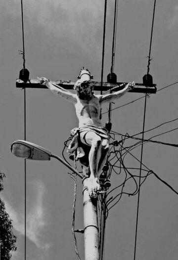 Jezus na słupie energetycznym