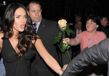 Megan Fox - Flower Fail
