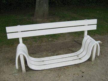 Co z tą ławką?