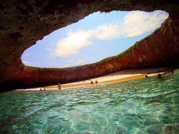 Ukryta plaża na wyspach Meksyku
