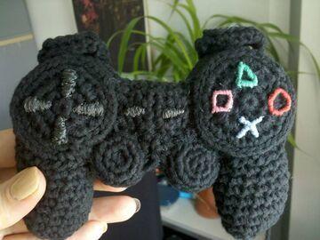Joypad na zrobiony na drutach