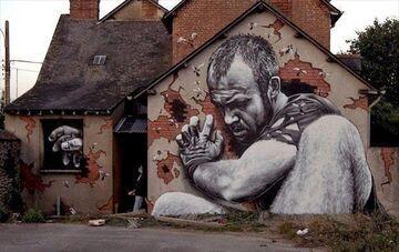 Graffiti na starym domu