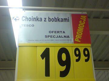 """Tesco: """"Choinka z bobkami"""""""