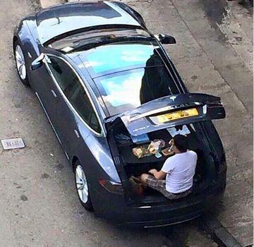 Obiad w samochodzie