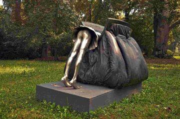 Pomnik damskiej torebki, Piemont, Włochy