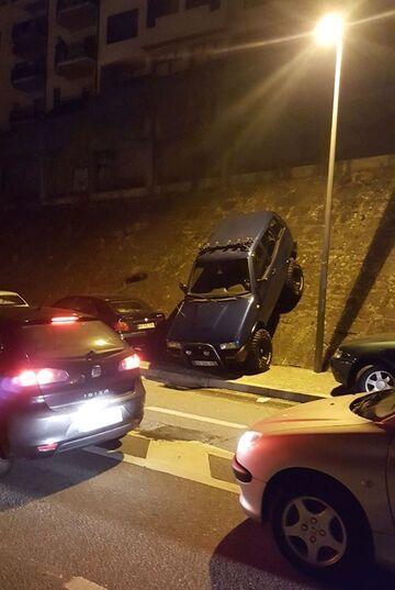 Parkowanie prostopadłe tyłem