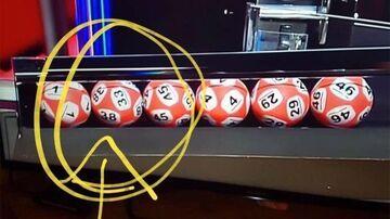 Lotto w Irlandii, jedna kula dwa numery