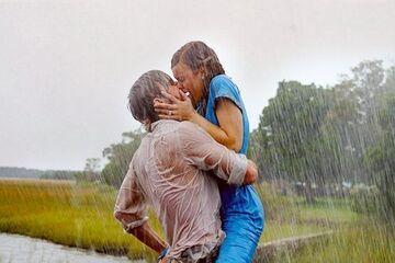 Letni, wilgotny deszcz