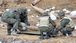 Budowali gazociąg i wykopali bombę. Po zakończeniu prac zakopali ją z powrotem