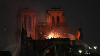Przyczyny wybuchu pożaru w katedrze Notre  Dame