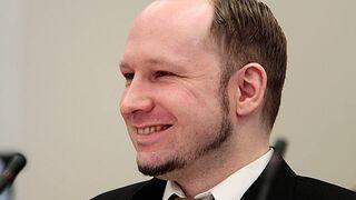 Breivik traktowany gorzej niż zwierzę. Chce nową konsolę!