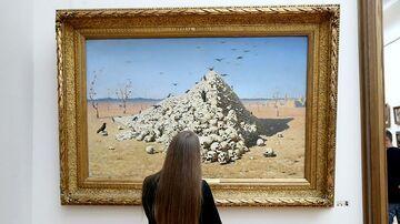 Obrabował moskiewską galerię w biały dzień. Nikt nie zwrócił uwagi, że zdjął obraz ze ściany