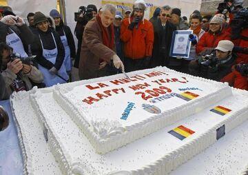 W Bukareszcie upieczono 281-kilogramowy tort