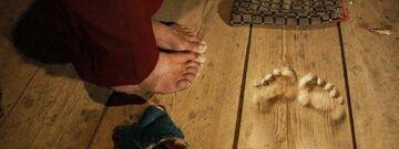 Tajemnicze ślady stóp w klasztorze