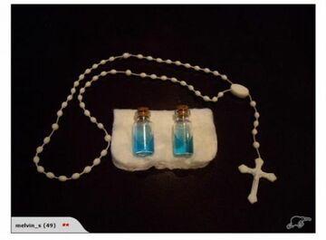 Sprzedaje na aukcji dwa duchy