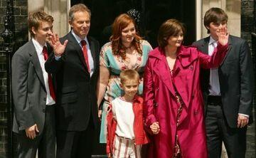 Sąsiedzi mają serdecznie dosyć państwa Blairów