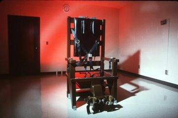 Kontrowersyjny show na krześle elektrycznym