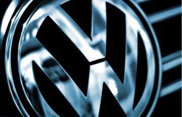 Volkswagen wiózł ludzi, ale nie miał... kierowcy