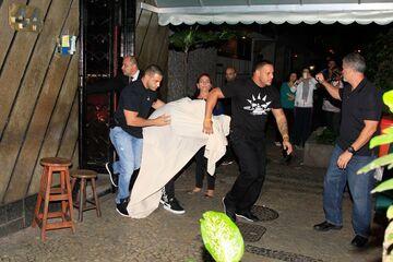 Justin Bieber przyłapany w burdelu! FOTO