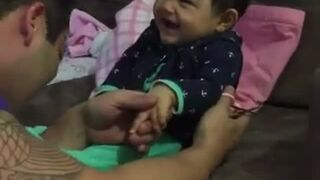 I jak tu dziecku obciąć paznokcie?