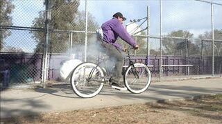 Wybuchowe siodełko! Zasadzka na złodziei rowerów