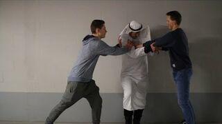 Jak Polacy reagują na agresję wobec muzułmanów