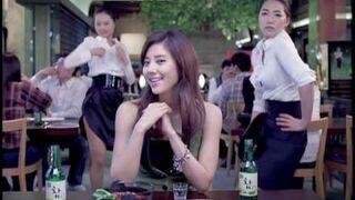 """Reklama koreańskiej """"wódki"""" Saju"""