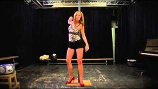 la práctica Pole Dance Super Hot! - Esperar a que!