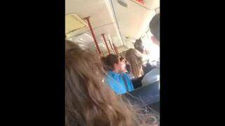 """Histeryczka w autobusie bez biletu. """"Ja muszę tu wysiąść!"""""""