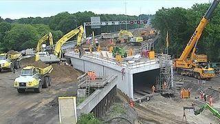 Jak Holendrzy zbudowali tunel pod autostradą w jeden weekend