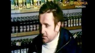 PRL 1981 Wódka na kartki. Małpka i do pracy - za komuny było lepiej