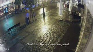 Para ukradła stolik i krzesło spod restauracji w Łebie