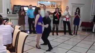 Szalony taniec na weselu!