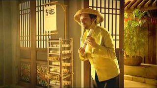 Reklama Plusa 5 cięć - chińskie przywitanie