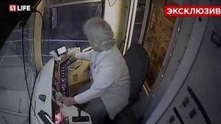 Tramwaj w Moskwie potrącił kobietę zapatrzoną w telefon