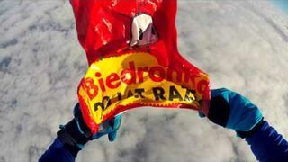 """Biedronka Skydiving - odlotowy klip dla """"Biedronka on Tour"""""""