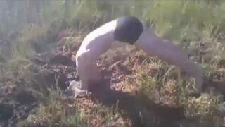 Skoki na główkę do bagna - Rosja