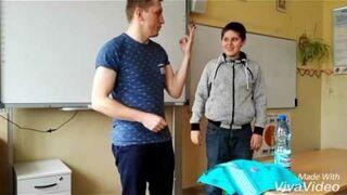 Magiczna sztuczka na lekcji angielskiego