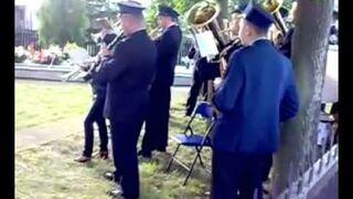 Wpadka orkiestry na pogrzebie
