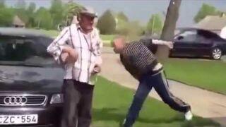 Czasami, aby zobaczyć prawdziwą Konfrontację Sztuk Walki nie potrzeba wcale klatki MMA!