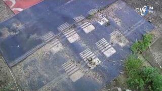 Tego jeszcze nie było! Mieszkańcy nie mogąc doczekać się remontu - wyłożyli drogę dywanami!