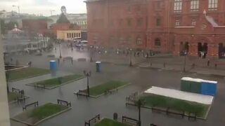 W Moskwie toi toie zaczęły atakować ludzi
