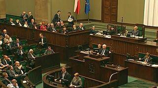 """Kaczyński: """"Nie wycierajcie swoich mord zdradzieckich nazwiskiem mojego brata. Zamordowaliście go"""""""