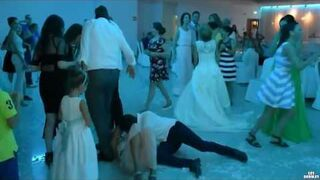 Popisowy numer na weselu